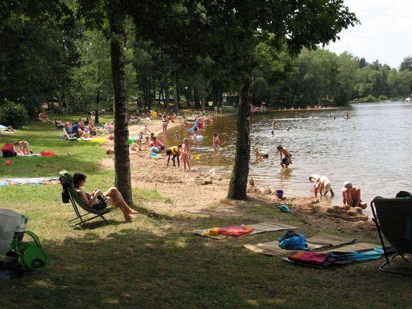 lac-settons-plage--2-Rr.jpg
