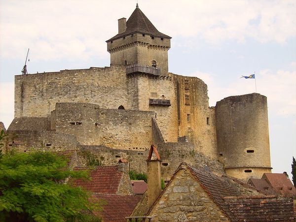 798px-Castel of castelnaud la chapelle