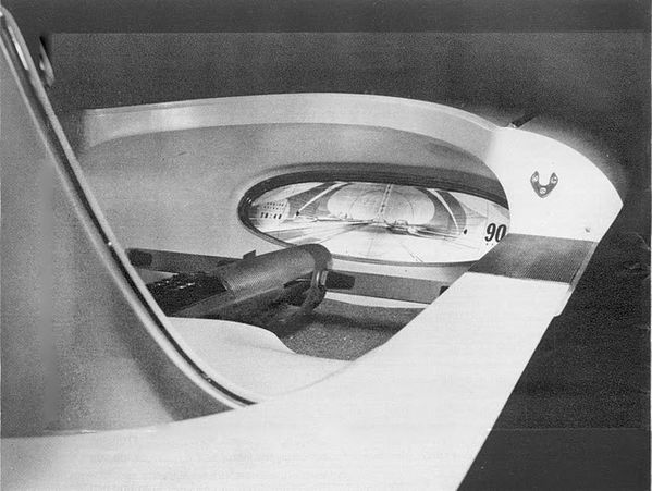Ford_Gyron_Interior_1.jpg
