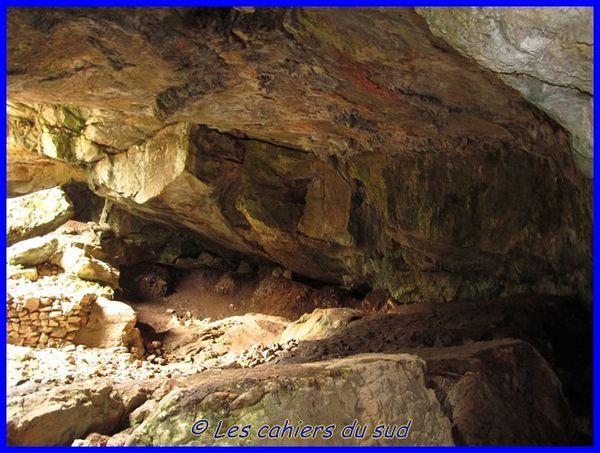 grotte-du-Mounoi-03-2014 0467 [640x480]