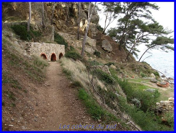 sentier-madrague-port-d-alon 3746 [640x480]