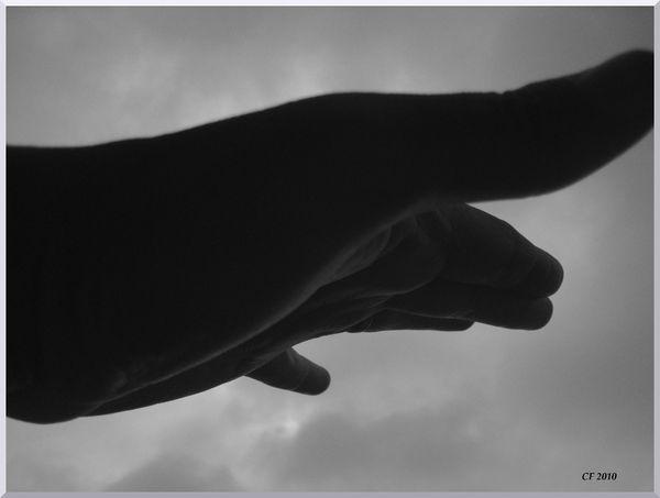 mains voyageuse