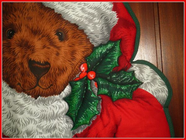 pere noel ours detail