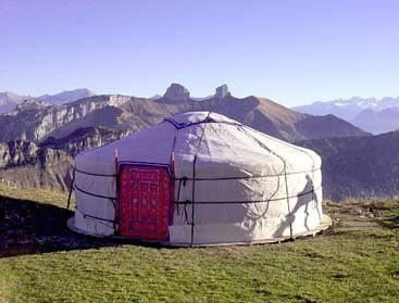 Yourte - Habitat traditionnel mongol b