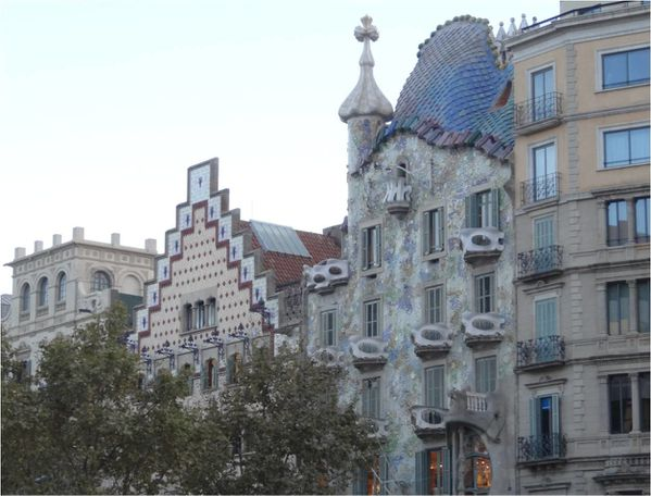 casa-batllo-barcelone-gaudi.jpg