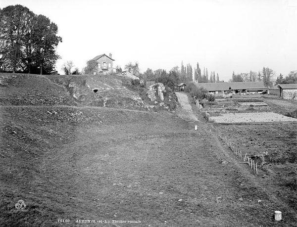 AUTUN 06b - Théâtre romain