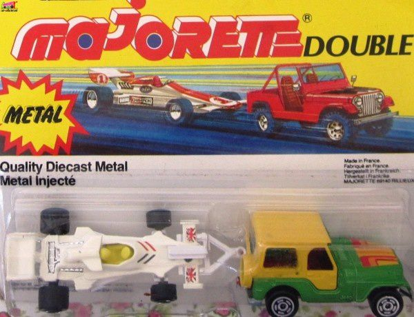 reference-majorette-double (1)