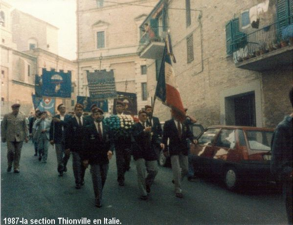 1987-la section Thionville en Italie (4)
