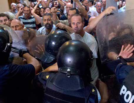 Manifestantes-por-jueza-mota-AFP-