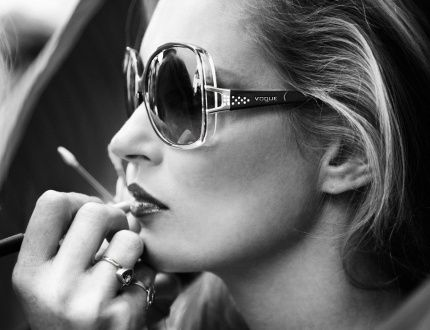 KATE-MOSS-FOR-VOGUE-EYEWEAR