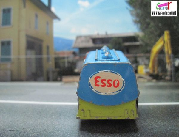 petit camion citerne esso playart made in hong kong (3)