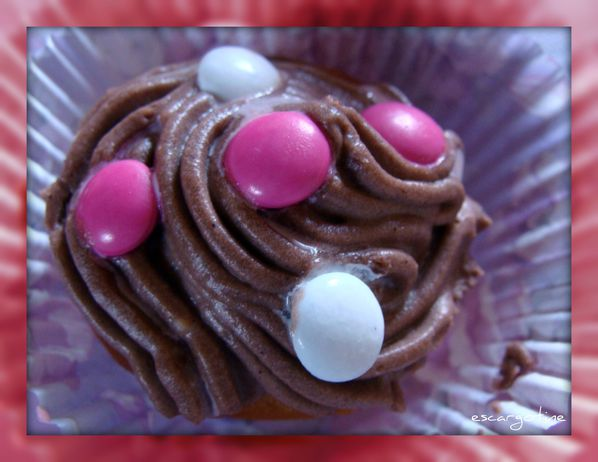 2012-03-27bis table cupcakes 057