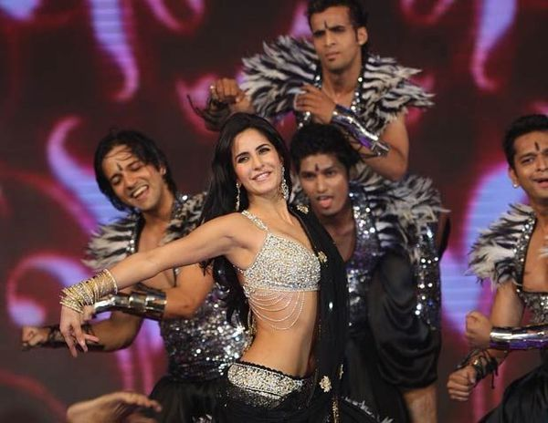 Katrina-Kaif-Rocking-Performance-IPL-2010.jpg