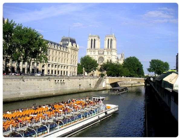 Paris-Notre-Dame-2.jpg