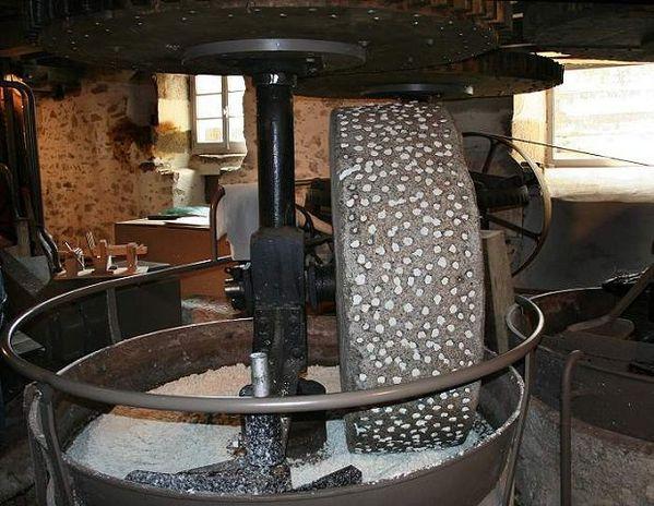 meule de moulin à papier