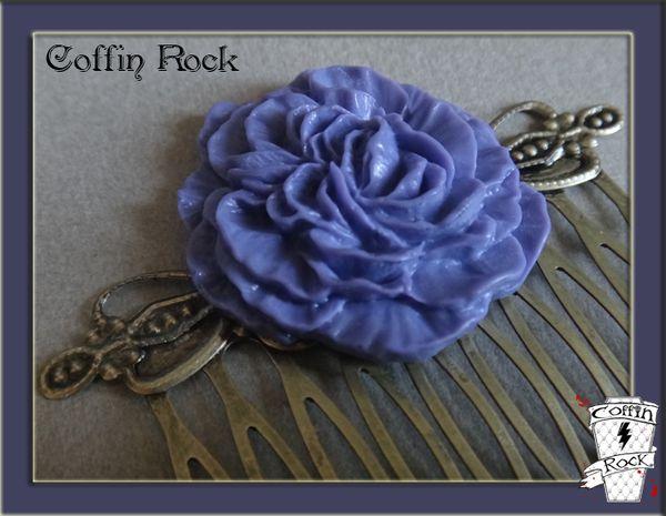 coffinrock-peigne-fleur-violette.JPG
