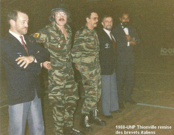 1988-UNP-Thionville-remise-des-brevets-italiens--1-.jpg