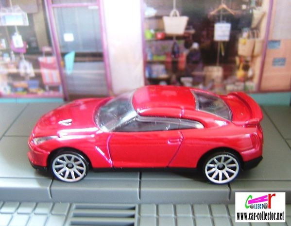 nissan gt-r red 2009 #001 hw premiere