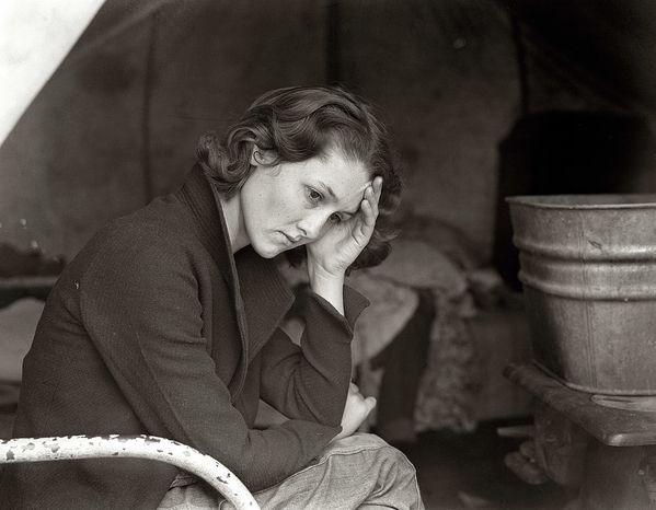 dorothea-lange-November-1936.--Daughter-of-migrant-Tennes.jpg
