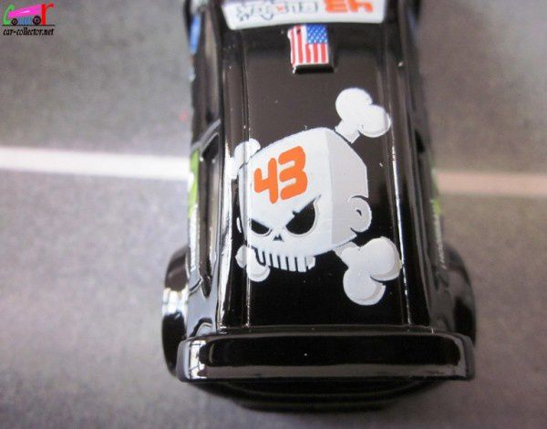 ford-fiesta-ken-block-hot-wheels-2011.040