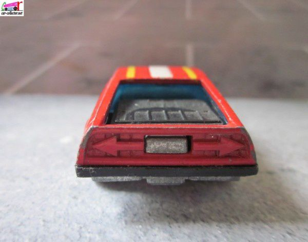 turismo-hot-wheels-delorean