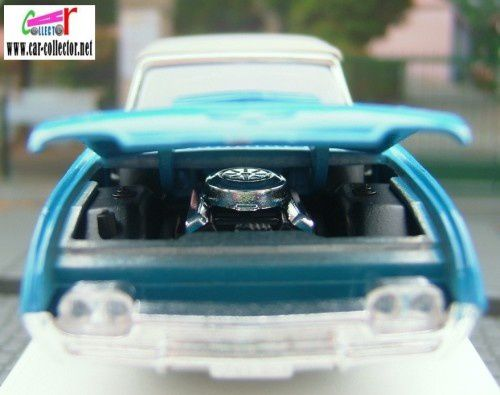ford-thunderbird-grand-sport-age-d-or-solido-copie-1