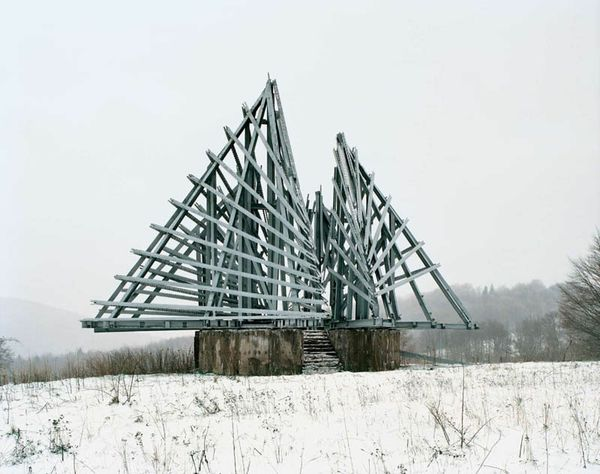 old-monuments-yugoslavia jan kempenaers-14