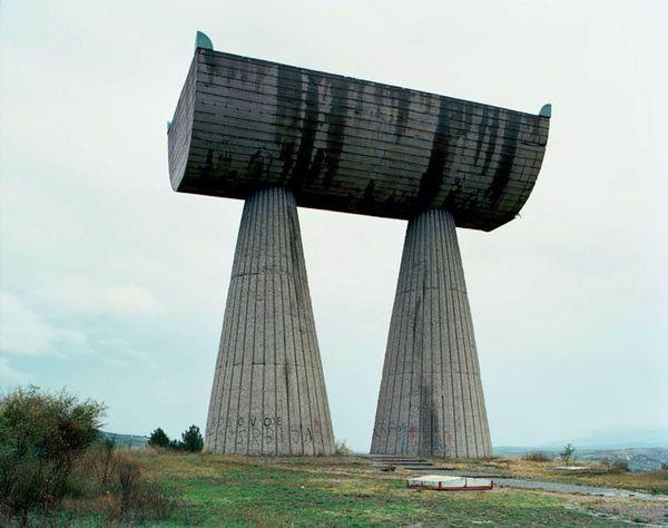old-monuments-yugoslavia jan kempenaers-8