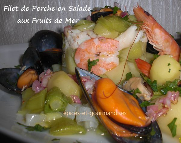 salade de filet de perche aux fruits de mer CIMG7248 (2)