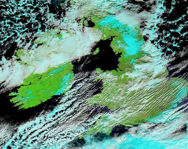 Terra - MODIS - UK - Ireland - Snow - 09-03-2013