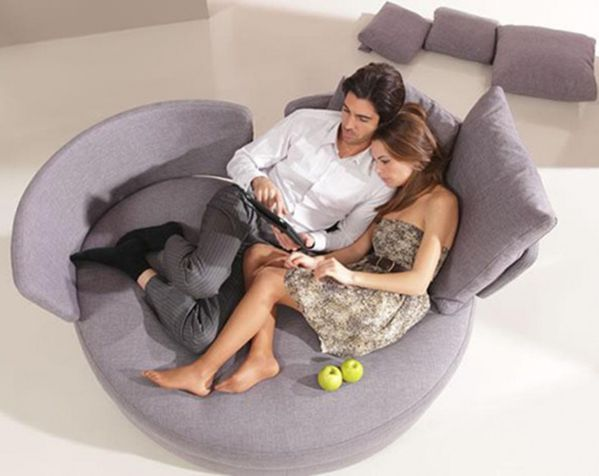 comfortable-love-seat-myApple-790x628.jpg