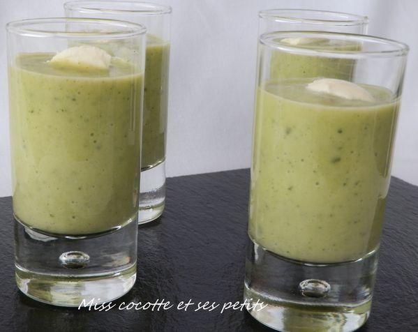 soupe-de-courgettes-au-philadelphia--2--copie-1.JPG