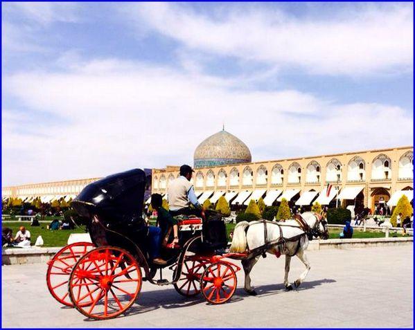 Place-Naghsh-e-Jahan-Ispahan-s.jpg