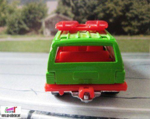 jeep cherokee 1999 majorette serie digimon. (2)