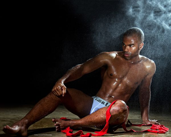 courtney-grant-by-tom-cullis-for-timoteo-31.jpg