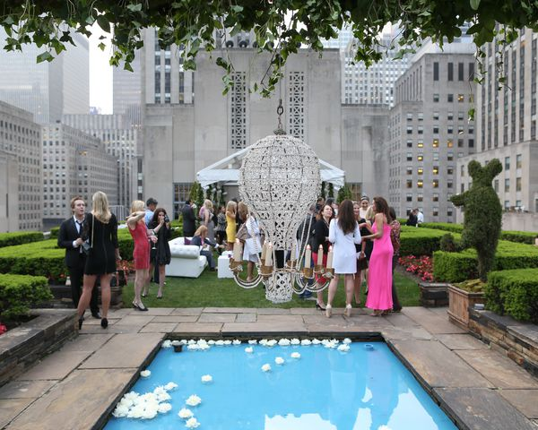 Faberge_NY_Boutique_Launch_Party_Outside_View_2.jpg