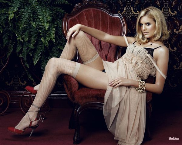 actrice maggie grace