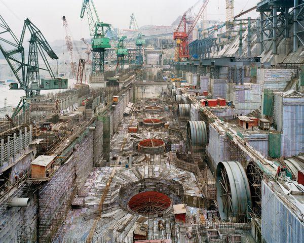Burtynsky three gorges dam project