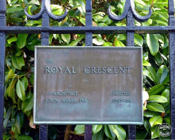Royal-crescent-BATH-11--1600x1200-.jpg