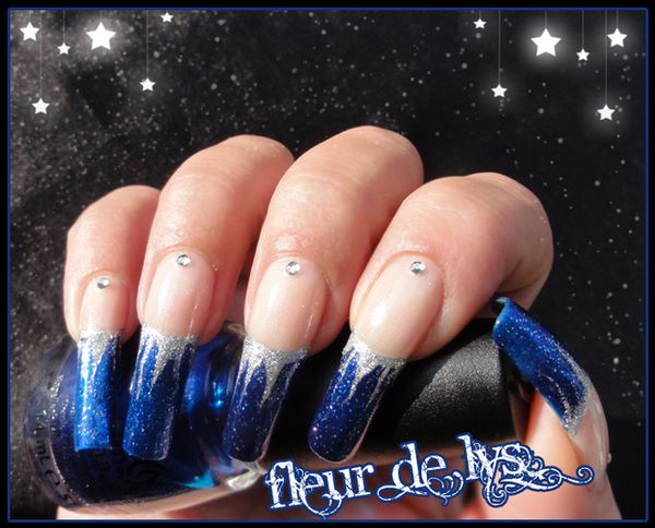 Nail Art french bleue