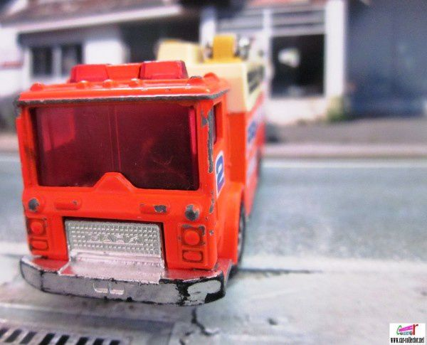 auxiliary power truck pompiers matchbox foodlight (2)