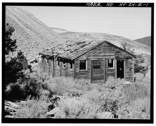 Mine-building-Juniata-Mill-complex.jpg