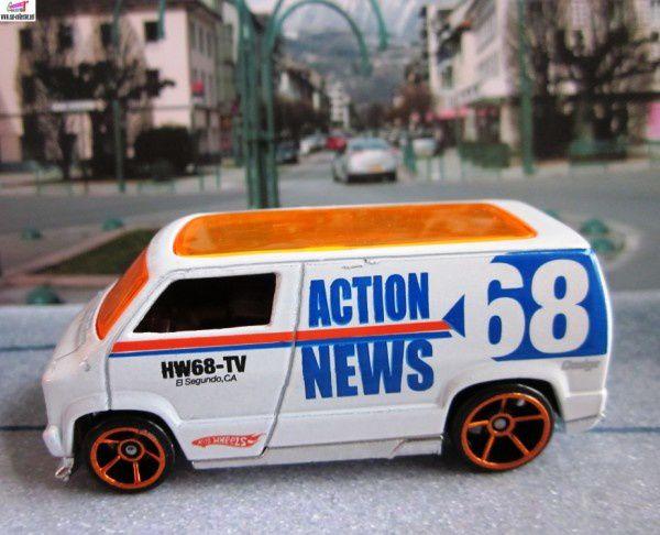 custom 77 dodge van hw city works 2010.117