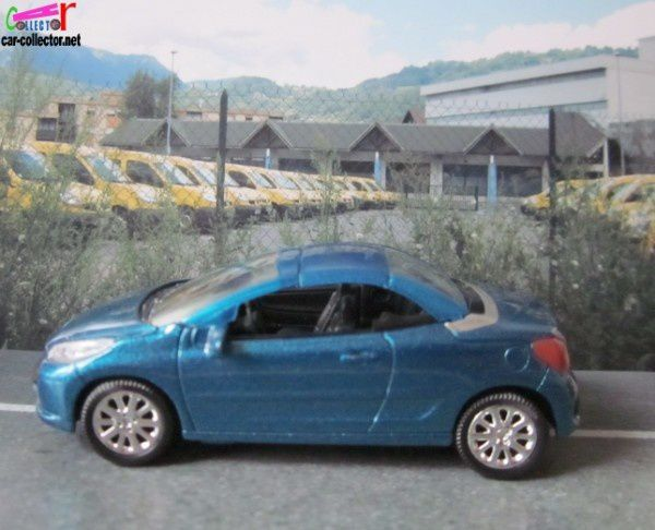peugeot-207-cc-3inches-norev-show-room (1)