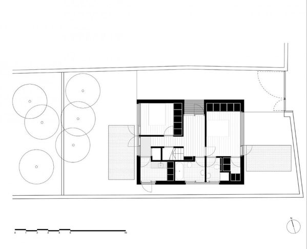 1297877603-ground-floor-plan-1000x811