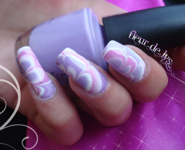 Décos sur ongles ( Water Marble )