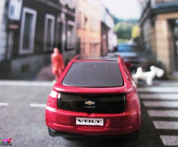 chevrolet-volt-2011-maisto-john-world (1)
