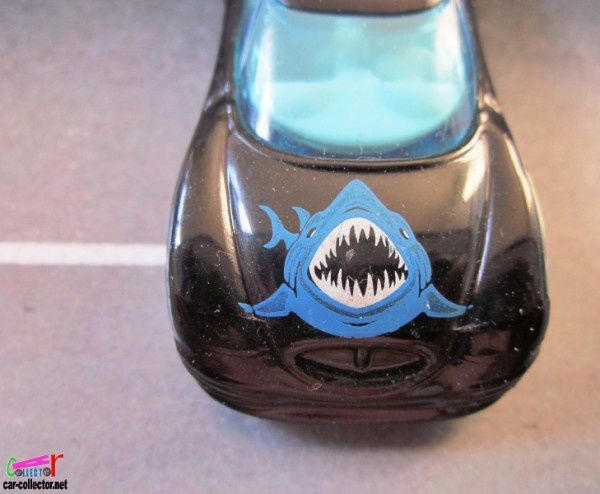 chrysler-thunderbolt-shark-park-2001-requin