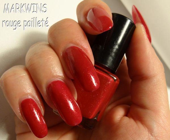 MARKWINS-rouge-paillete-01.jpg