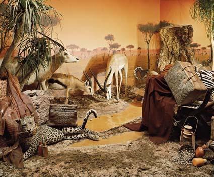 Orient-Hermès : Voyages de Leïla Menchari à l'Institut du Monde Arabe